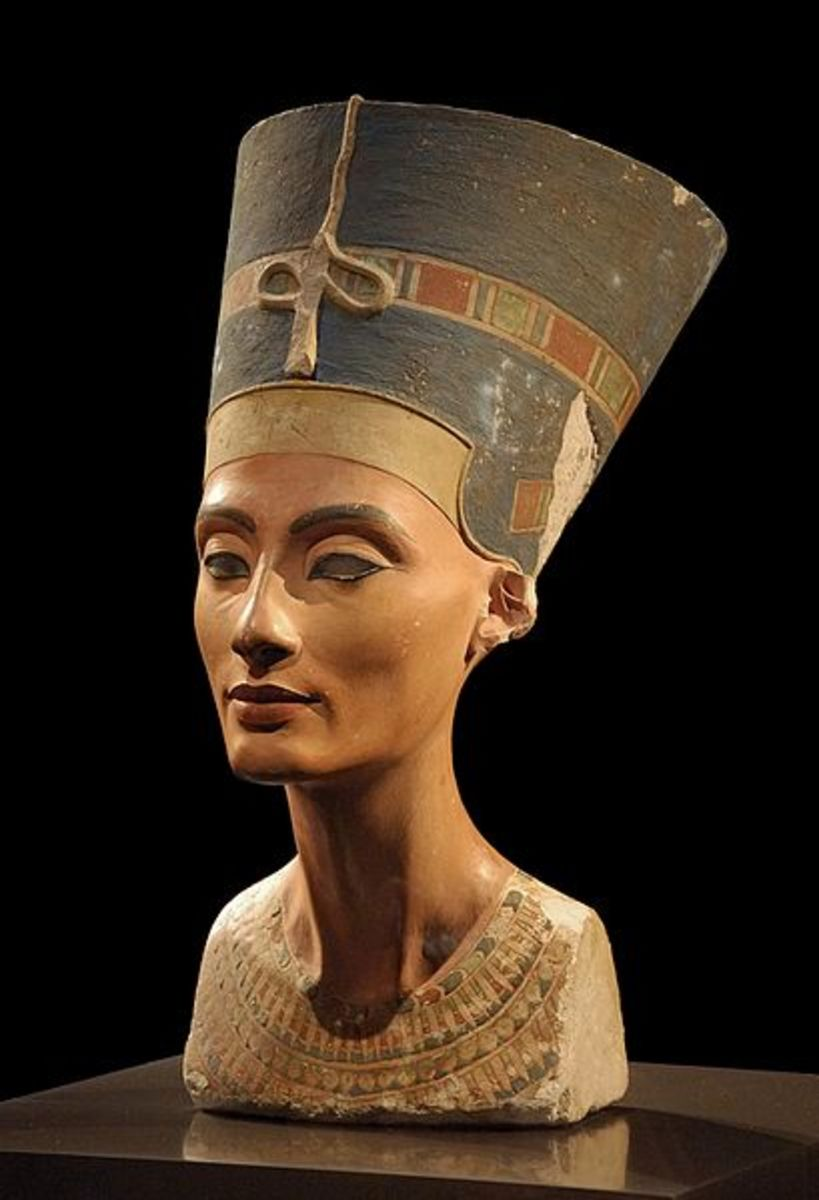 Painted Bust of Nefertiti in the Neues Museum berlin