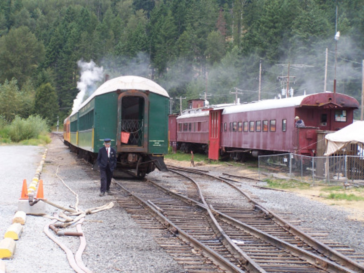 Train to Nowhere: Flash Fiction and Poem Response to Billybuc's Challenge (4)