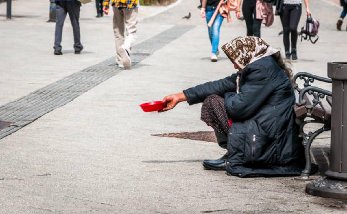 Why She Turned A Beggar