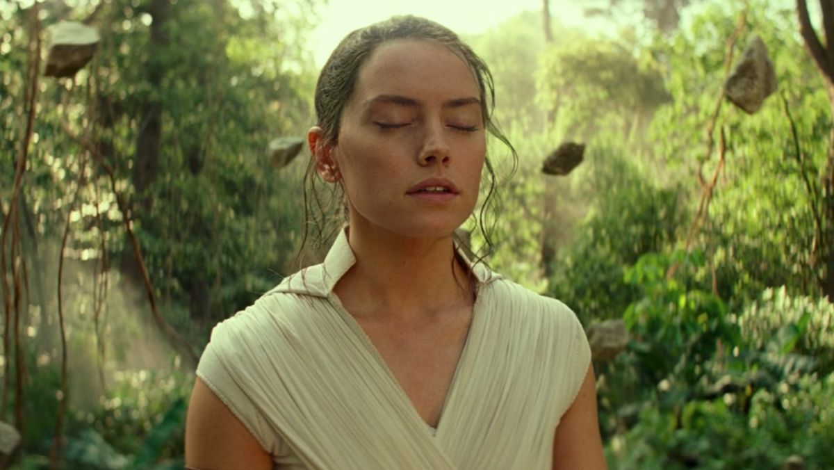 Rey using the Force