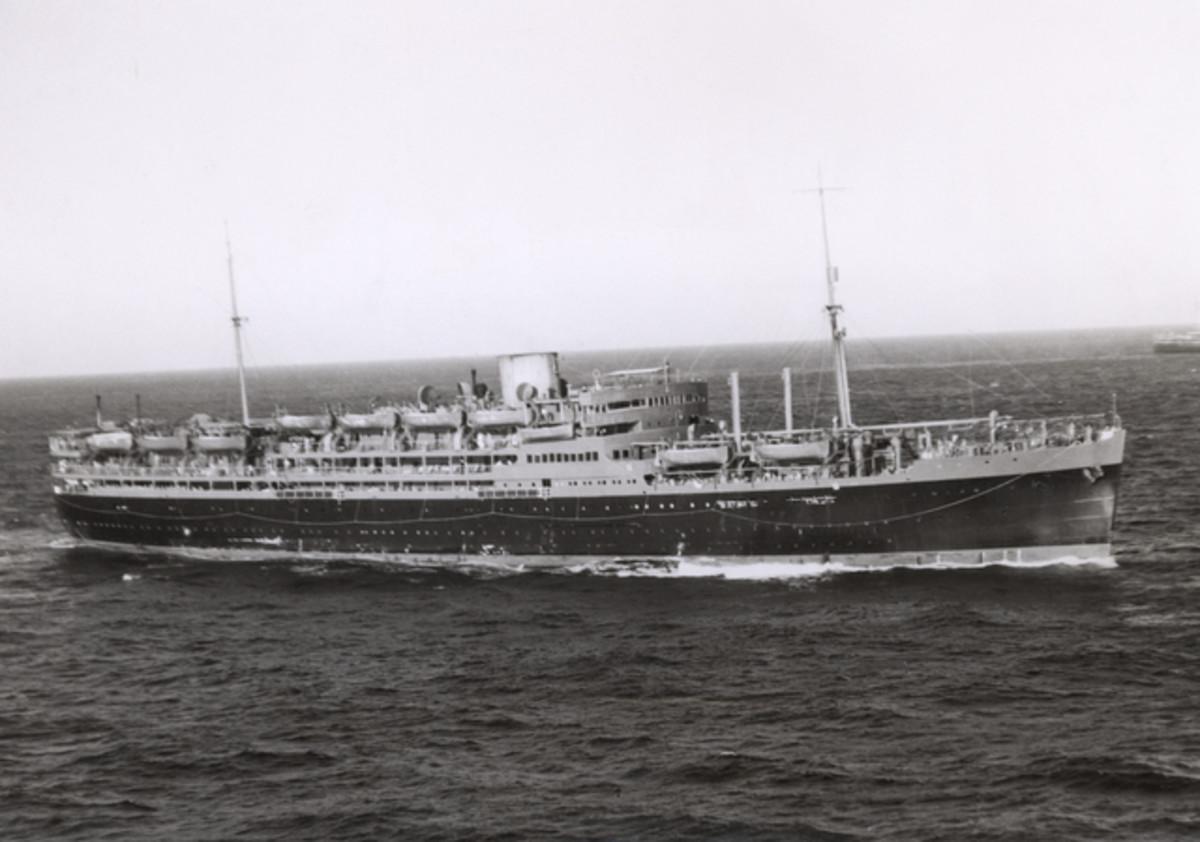 HMT Dunera in 1940.