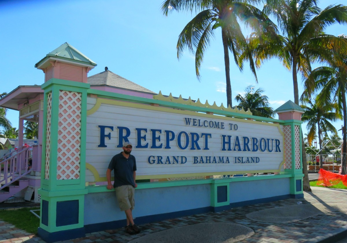 Welcome sign in Freeport Harbour, Bahamas