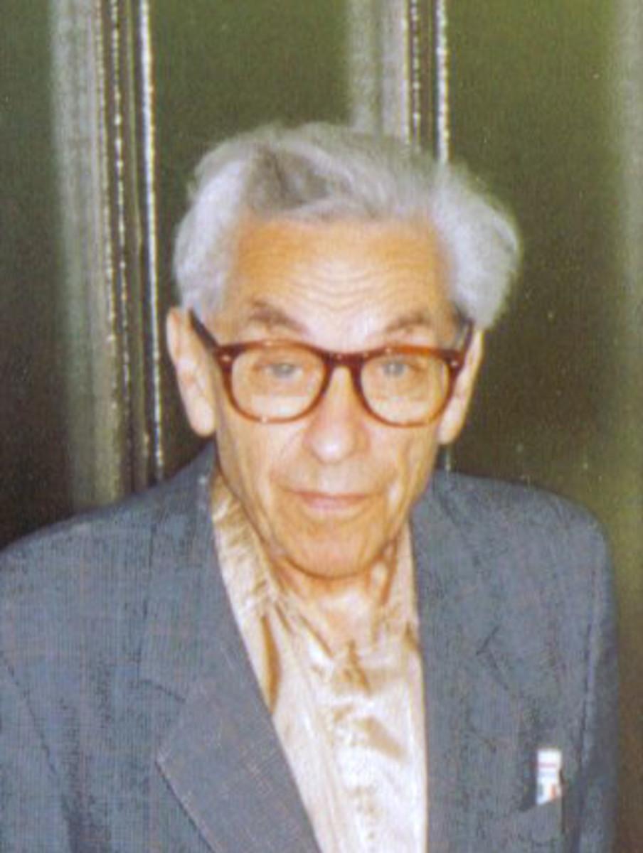 Paul Erdős (1913 - 1996)