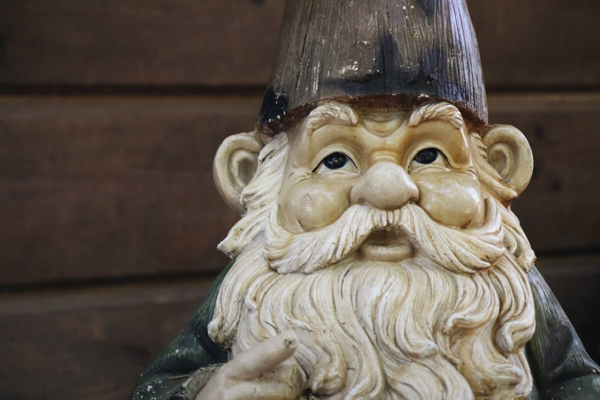 The Gnomes - Looking for Papa: A Short Story