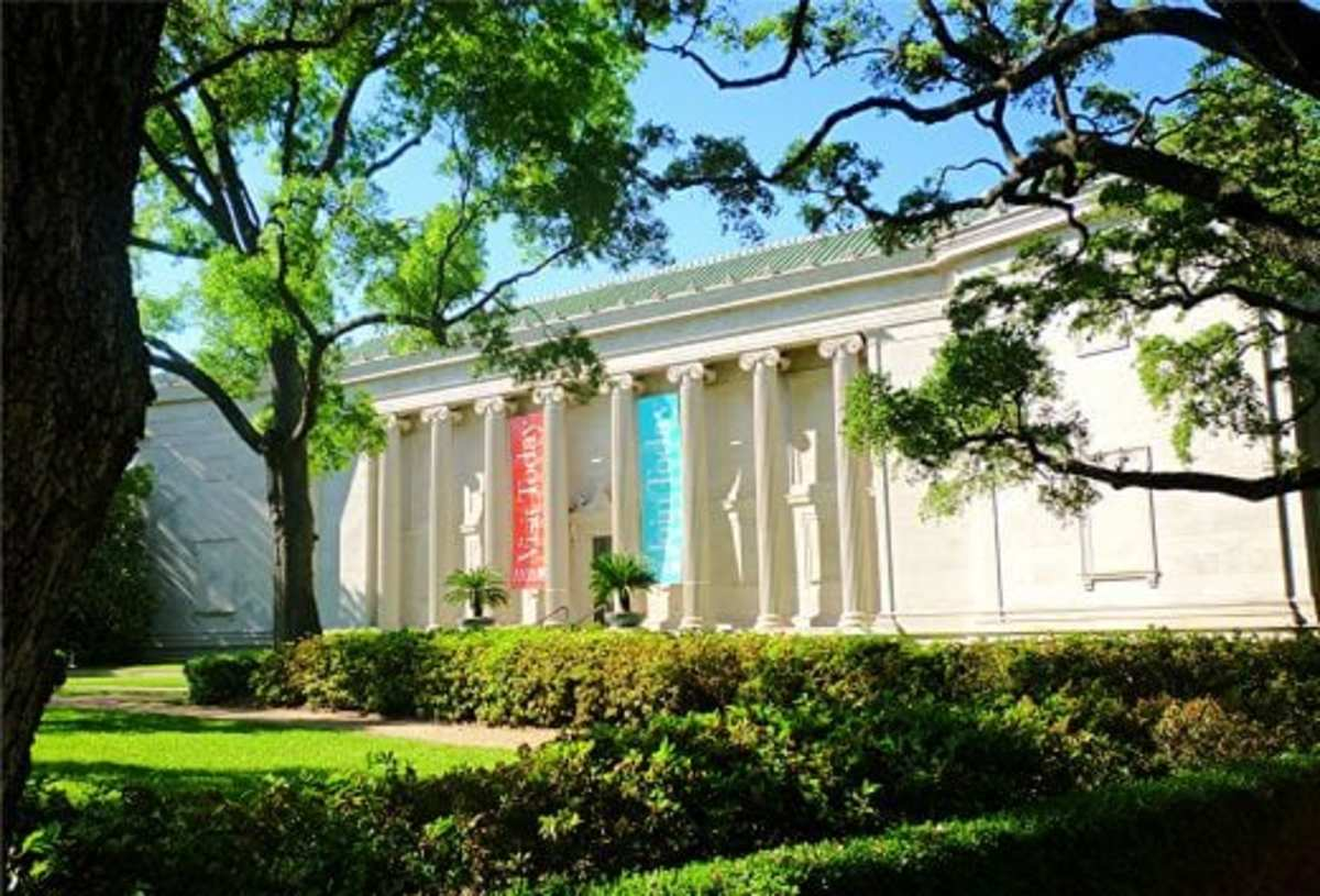 The majestic front of the original building of the Museum of Fine Arts in Houston