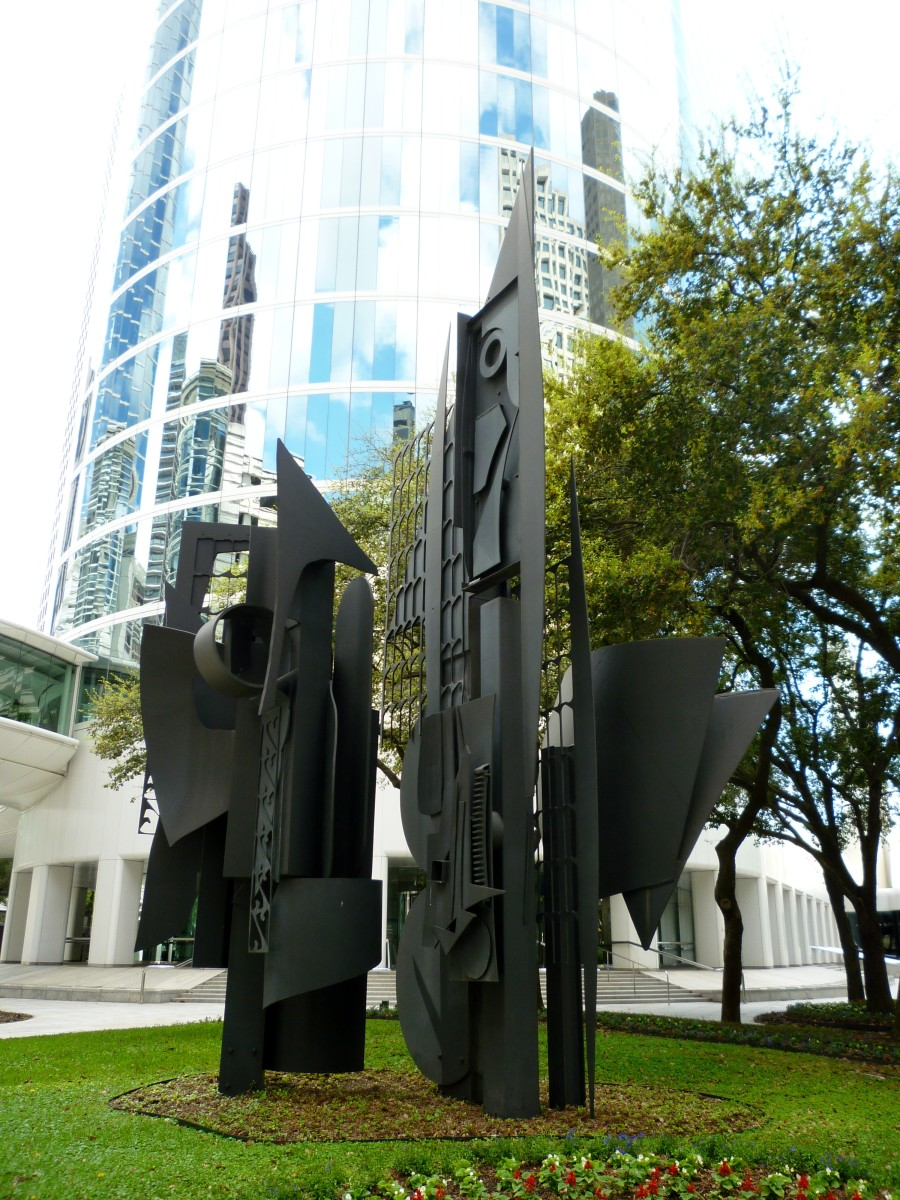 Louise Nevelson Sculpture in Houston: Frozen Laces – One