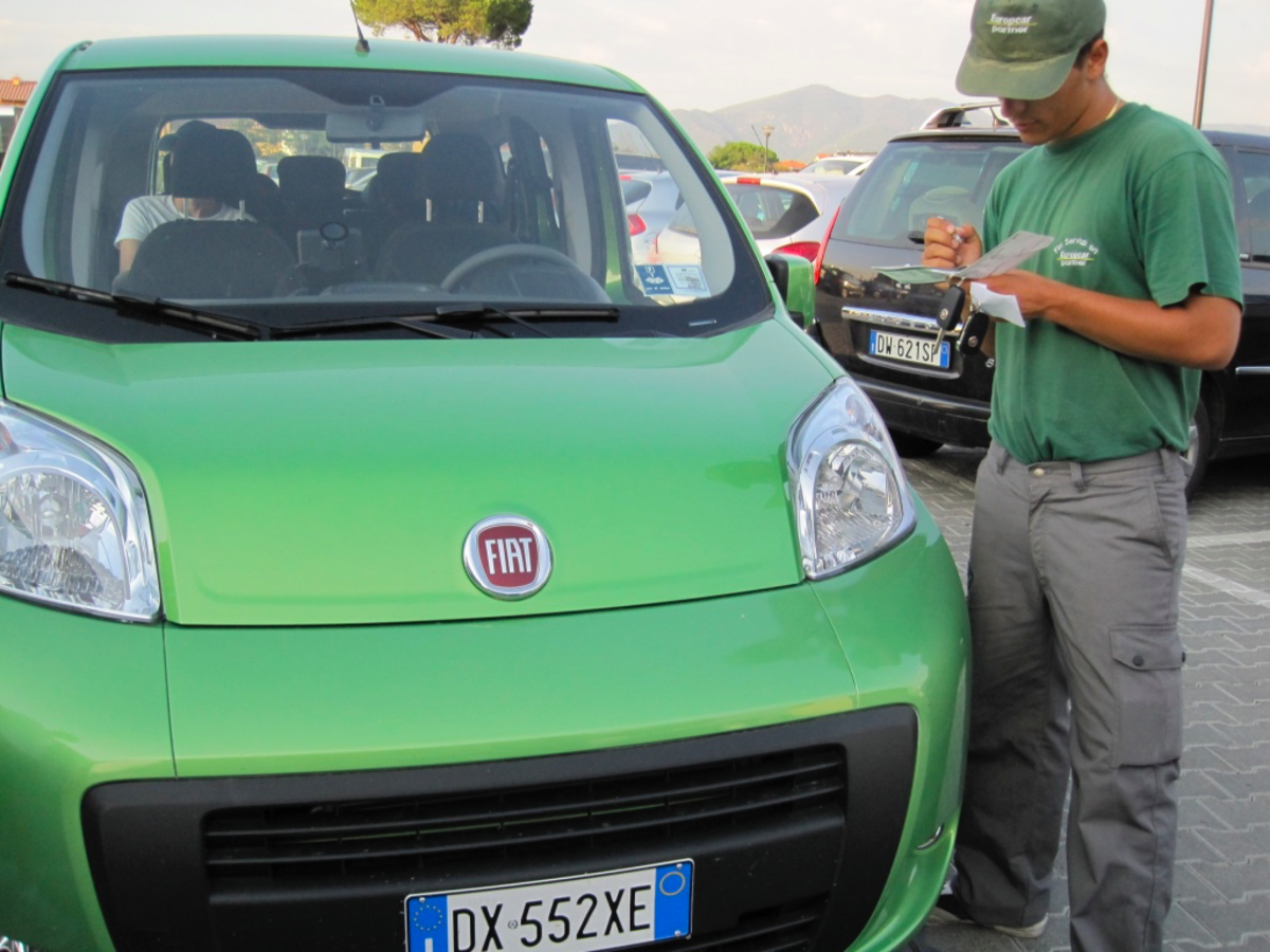 Do I Really Need an International Driving Permit to Drive in Italy?
