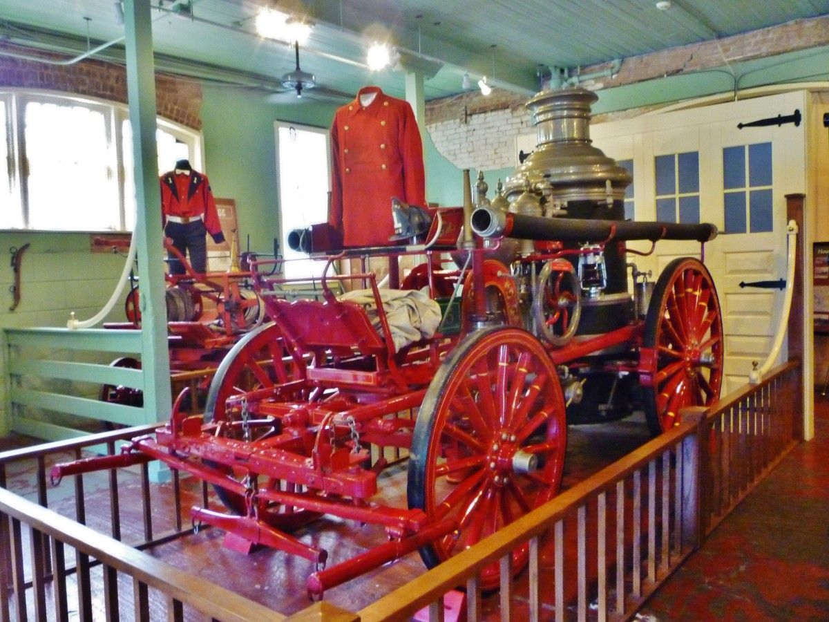 1895 Ahrens Fox Horse-Drawn Steamer at Fire Museum of Houston