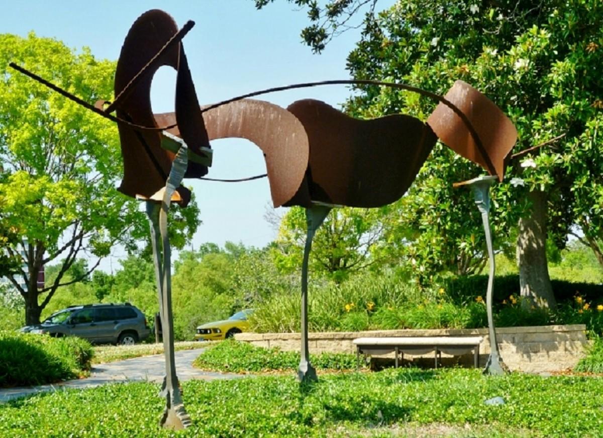 Tim Bailey Sculpture in Eleanor Tinsley Park Houston