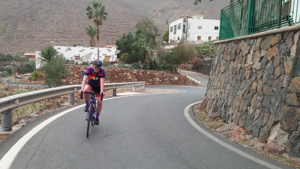 Climbing the Cima Pedro Gonzalez through Ayagaures