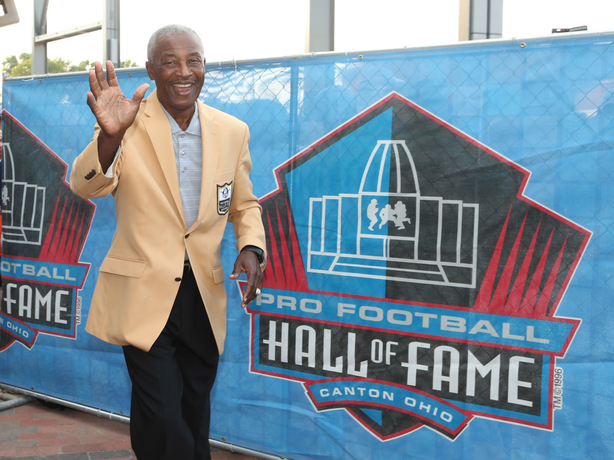 Former Cleveland Browns wide receiver, Paul Warfield, is one of two Hall of Famers the franchise selected in the 1964 NFL Draft.