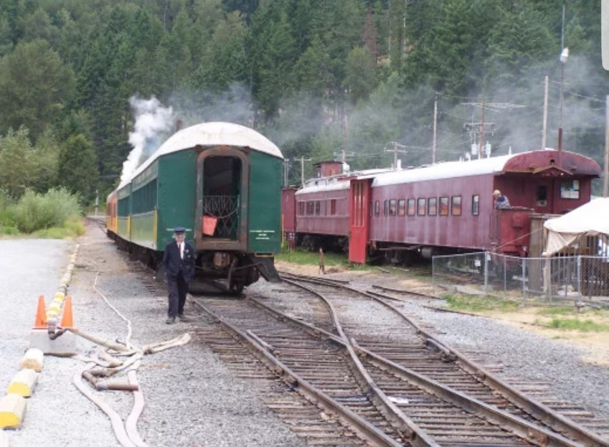 Joes VS The Train - Billybuc's Photo Challenge/Prompt: #4