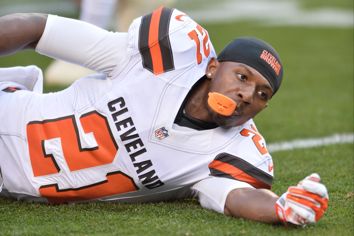 Former Cleveland Browns cornerback, Justin Gilbert, prepares for a 2016 preseason game. He was one of two first-round draft picks the Browns selected in 2014 who never made any significant contributions in the NFL.