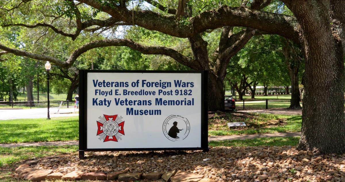 Sign Outside of the Katy Veterans Memorial Museum