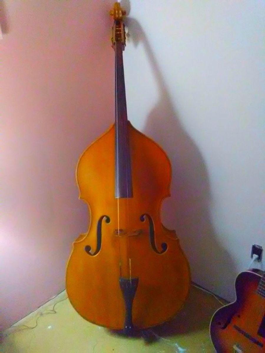 String Bass Memento