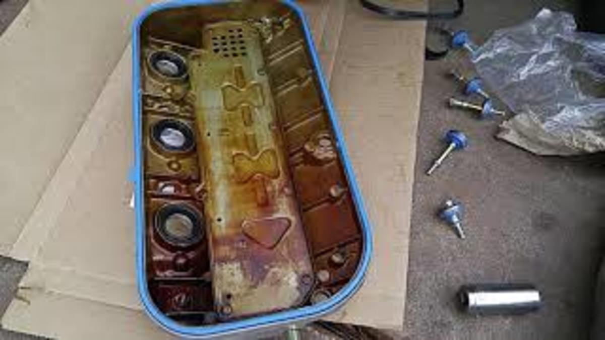 Newly installed Honda V6 valve cover gasket