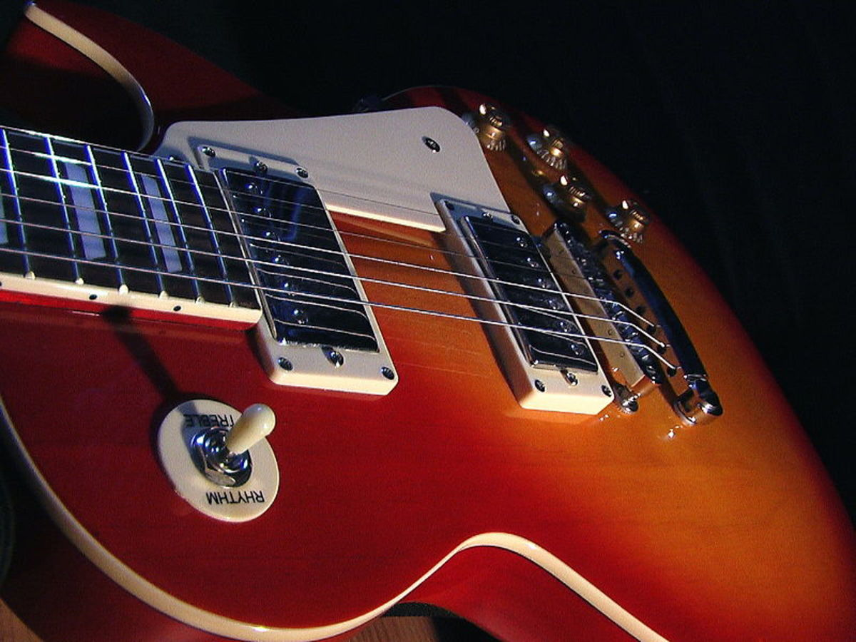 Gibson Les Paul vs. Fender Telecaster: Which Is Better?