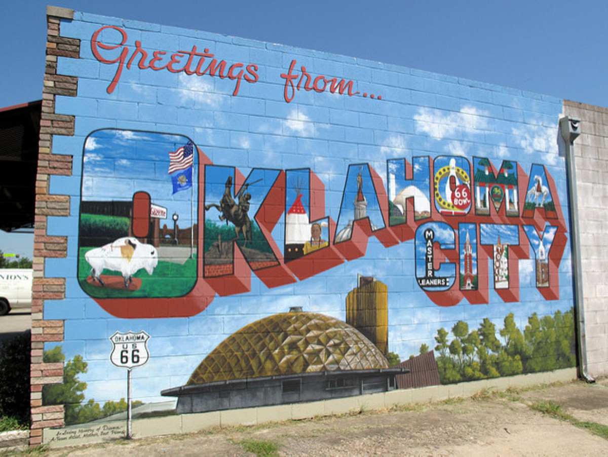 Learn about the job scene in Oklahoma, including major employers, fast-growing industries, and high-demand occupations.