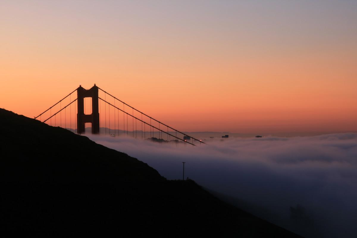 Sunrise over the Golden Gate Bridge