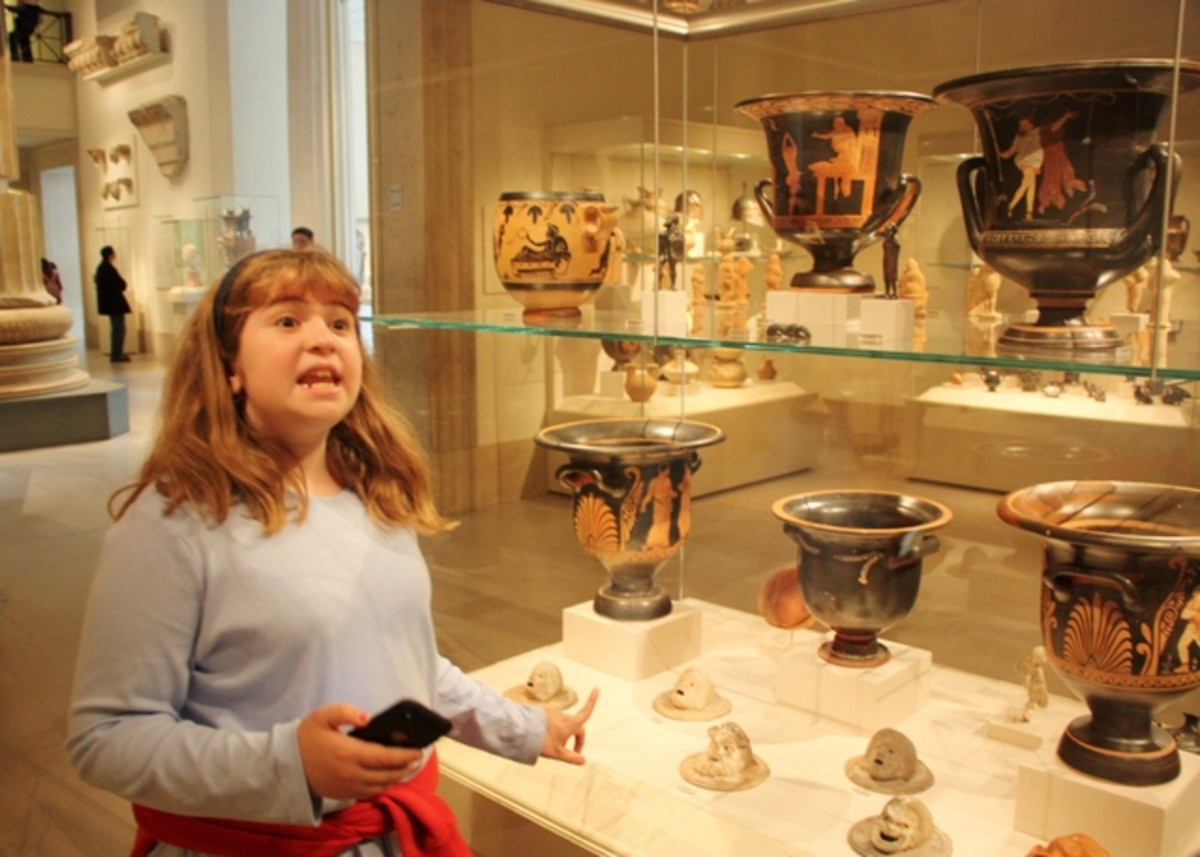 Explaining Ancient Greek artifacts to dad at the Metropolitan Museum of Art