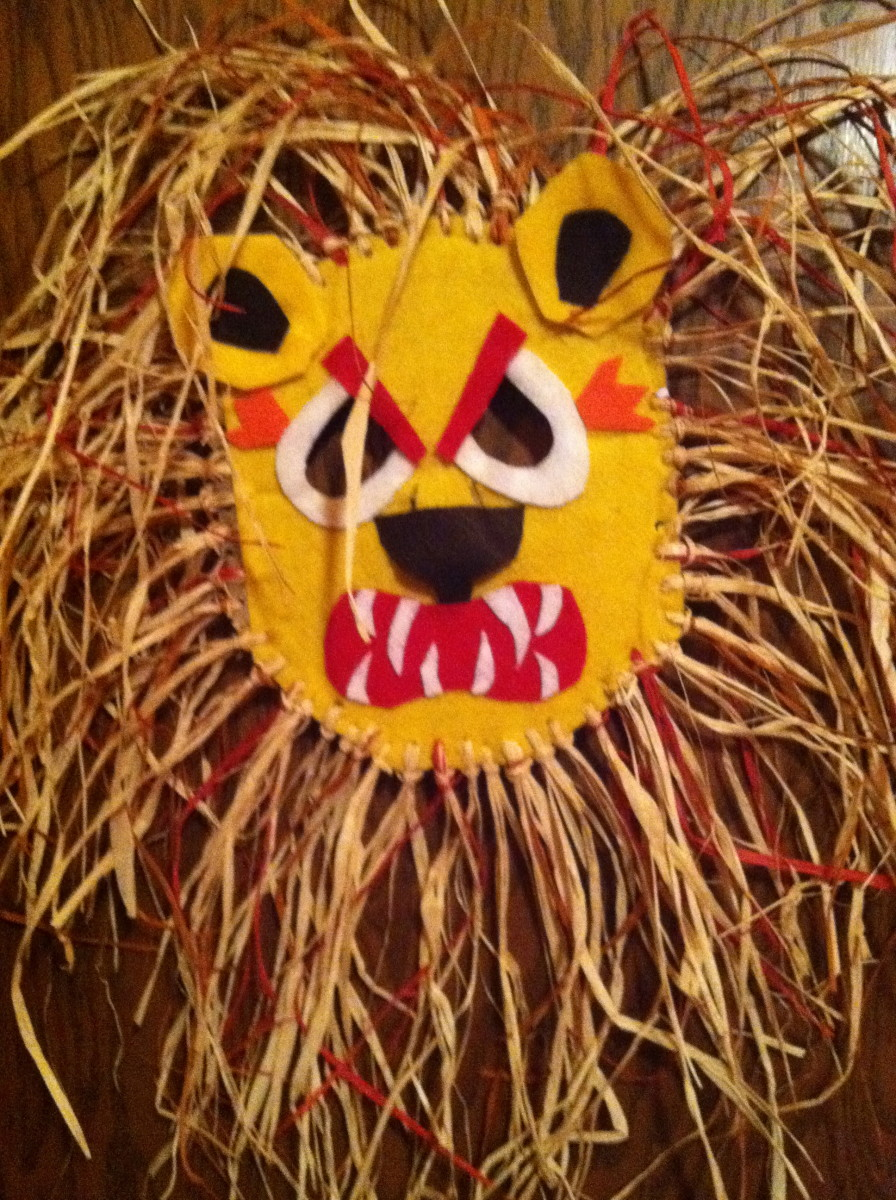 African lion mask craft project wehavekids for Mask craft for kids
