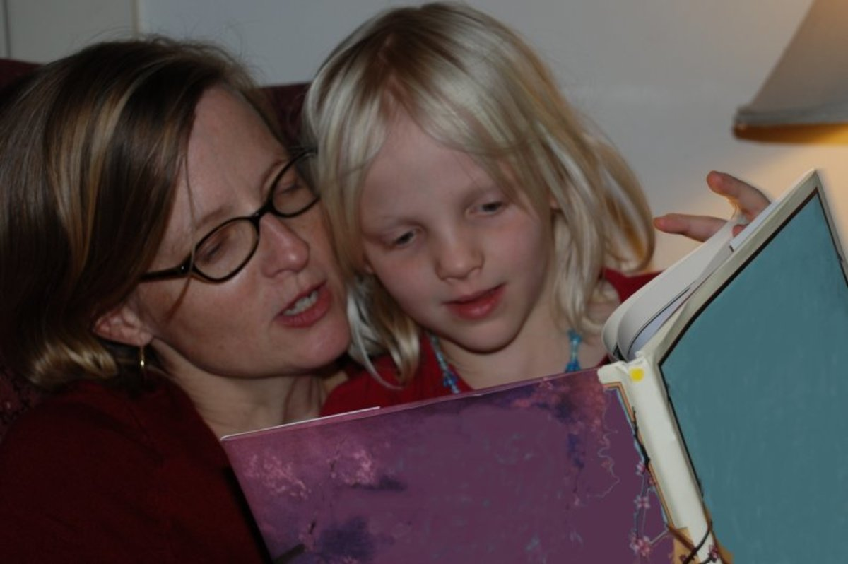 Remember the story books your mother read to you no matter how late it was? Make her smile - Give her the pleasure of reading a beautiful thank you note that you wrote just for her!