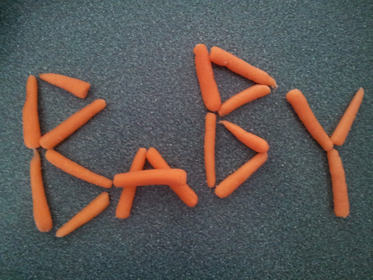 Spell out your pregnancy announcement with baby carrots.