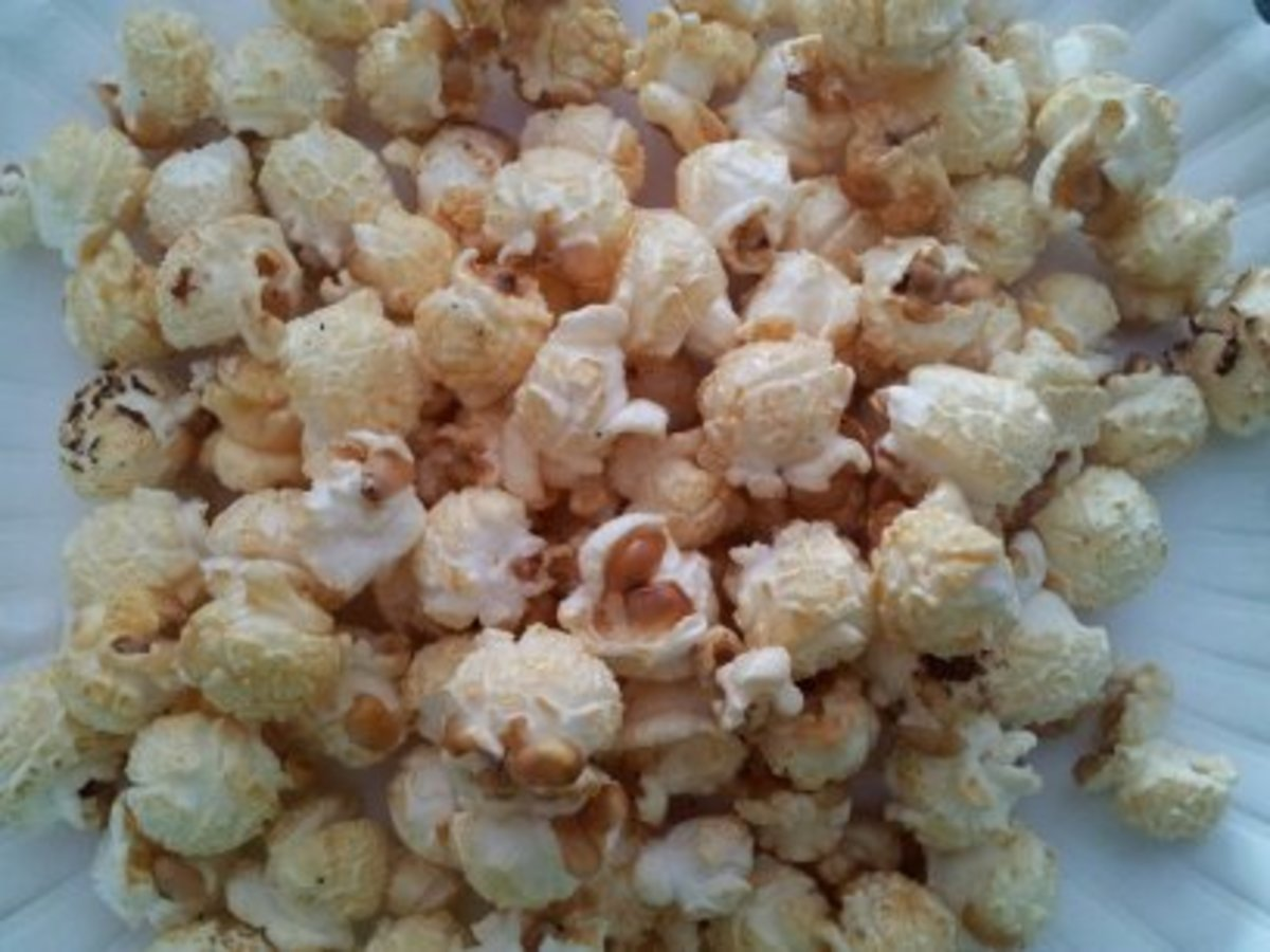 Popcorn is an excellent snack to eat during pregnancy.