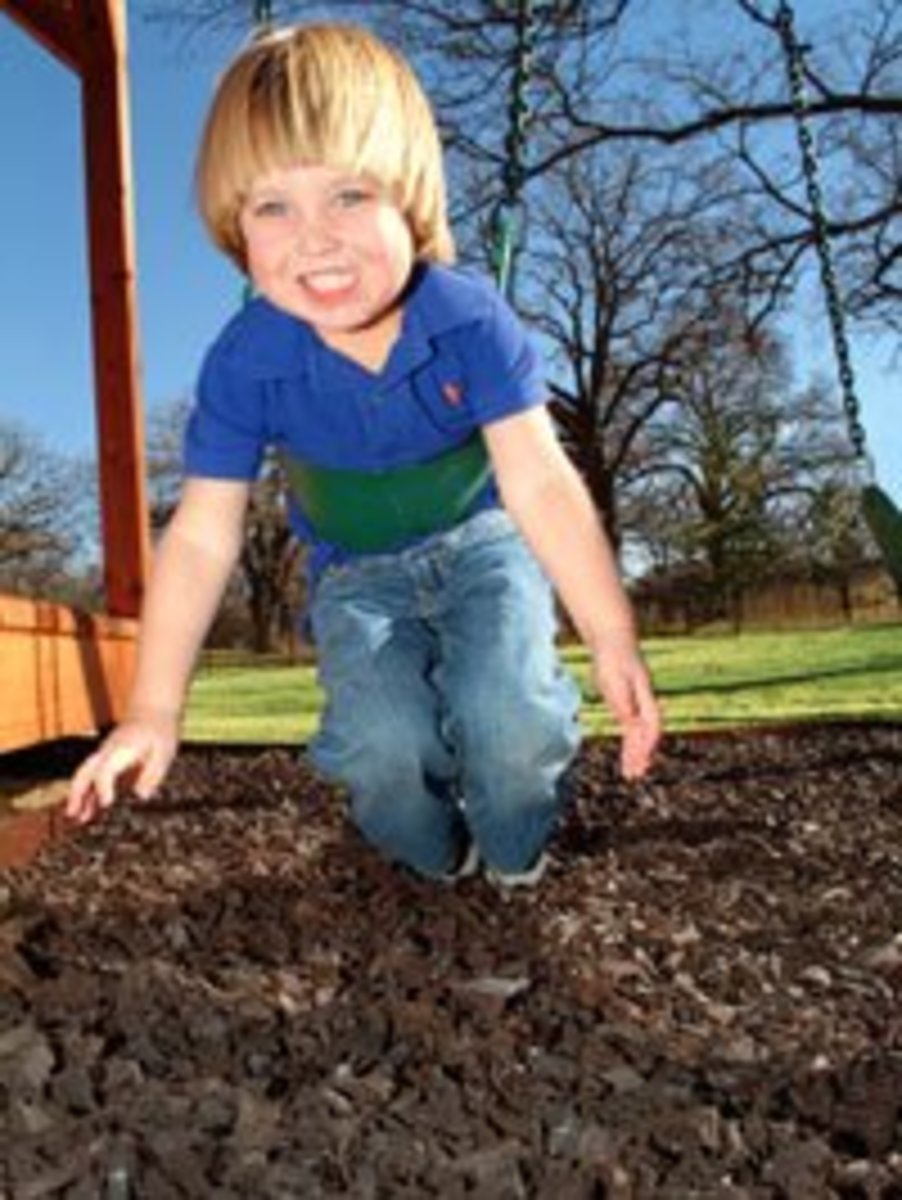 recycling-scrap-rubber-tires-into-playground-surfaces-mulch-and-bark