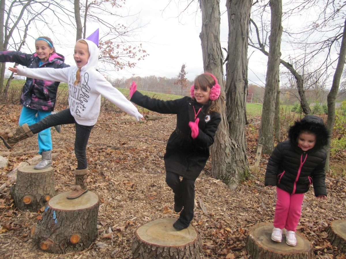 8-ideas-on-how-to-turn-a-walk-with-children-into-a-nature-hike