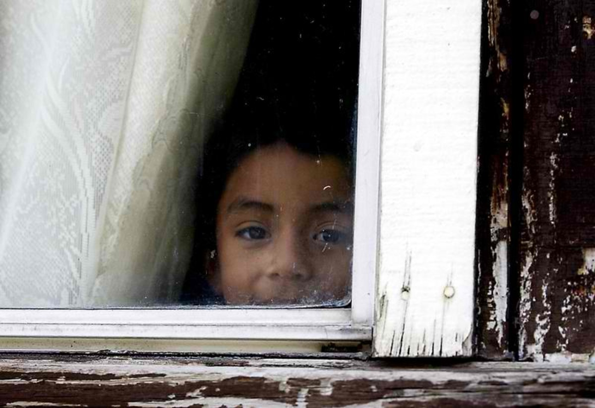 When to Allow Your Children to Stay Home Alone | WeHaveKids