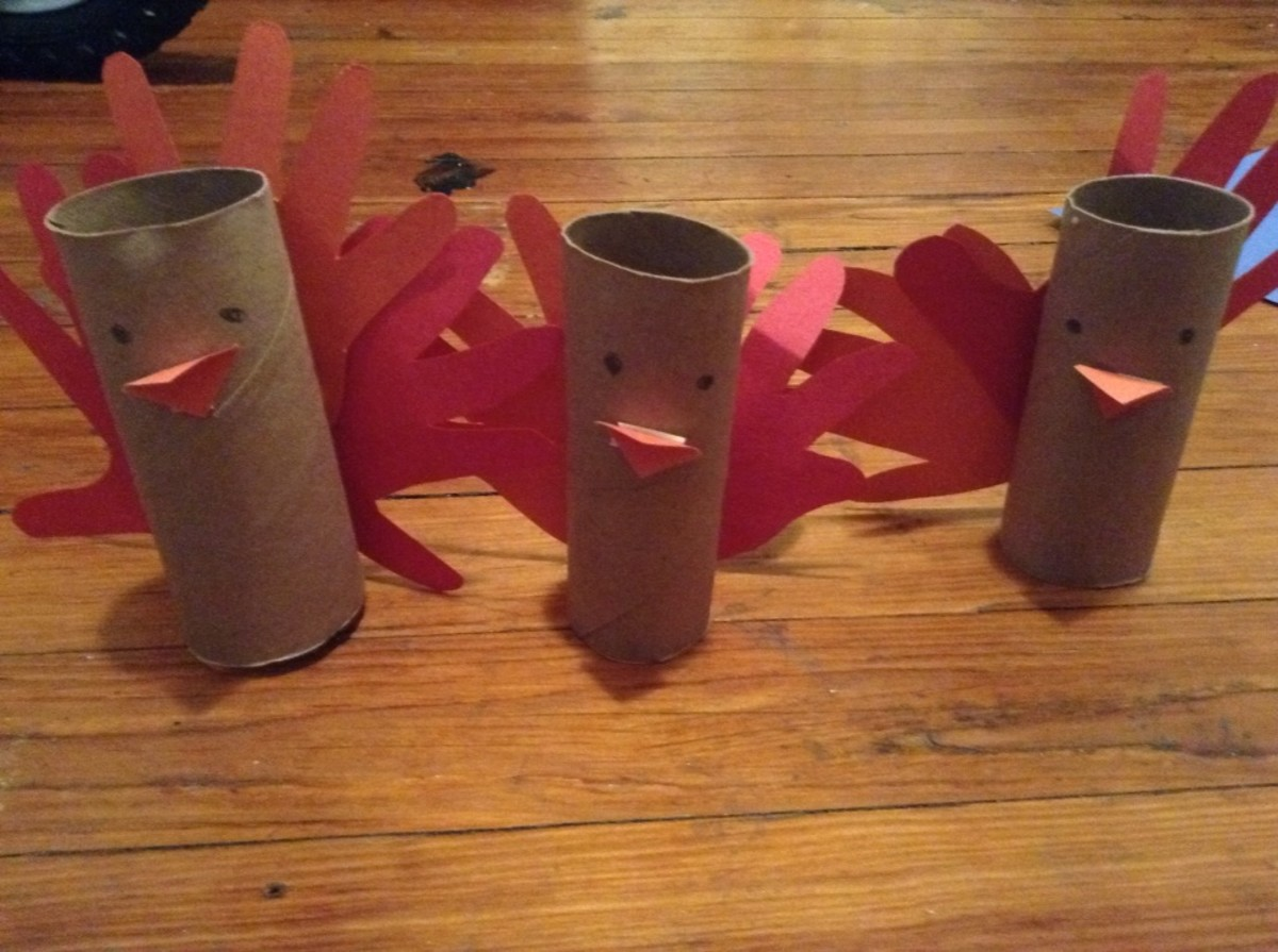 Super easy paper roll turkeys
