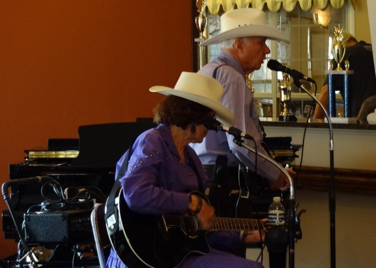 Local Musicians, Two-R-More come to visit the seniors often.