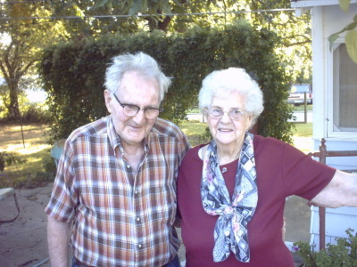As the greatest generation grows older, it's a race against time to preserve their knowledge of family history.