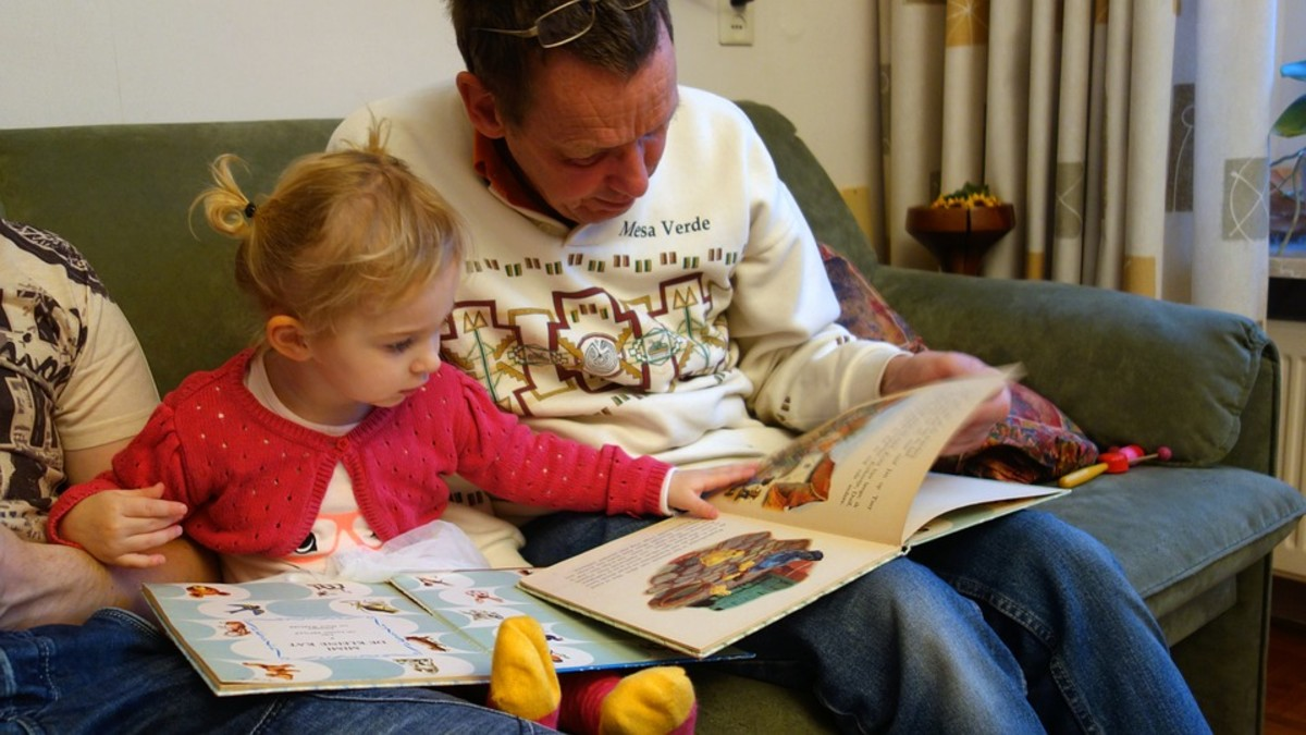 Reading to your child is a great way for your kid to enjoy reading