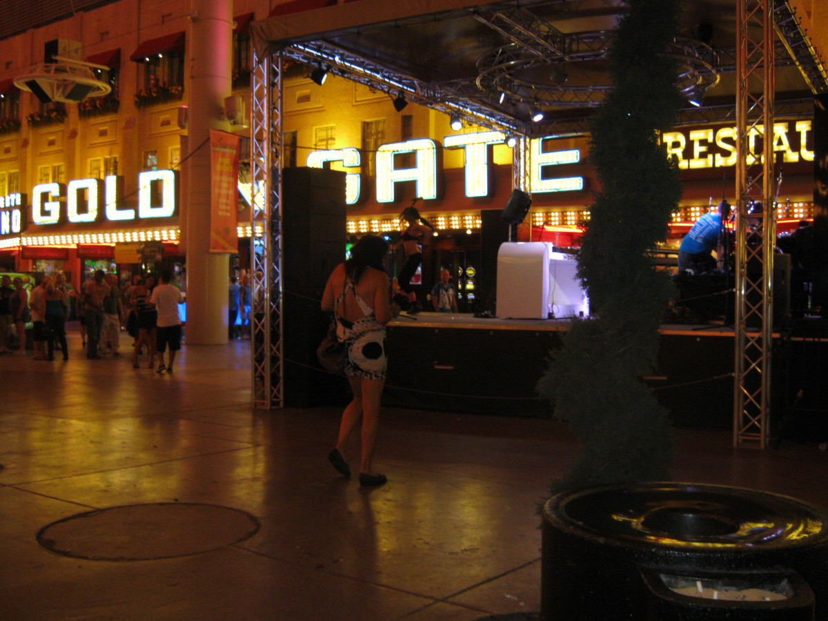 The strangeness that is Fremont Street
