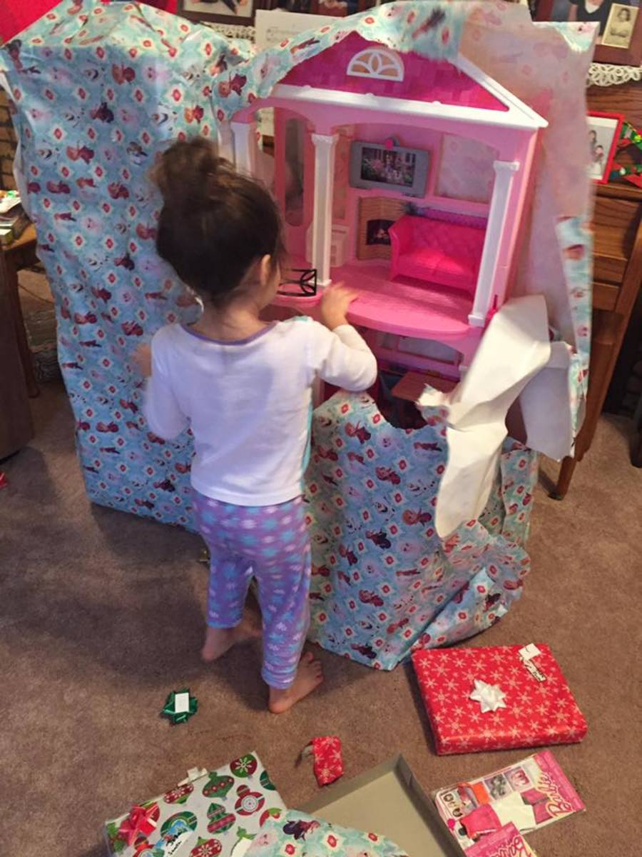 Opening the long-awaited Barbie Dreamhouse!