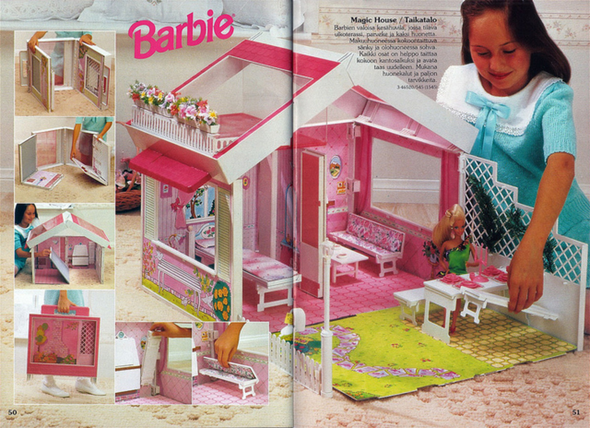 A Barbie House from the 1990s.
