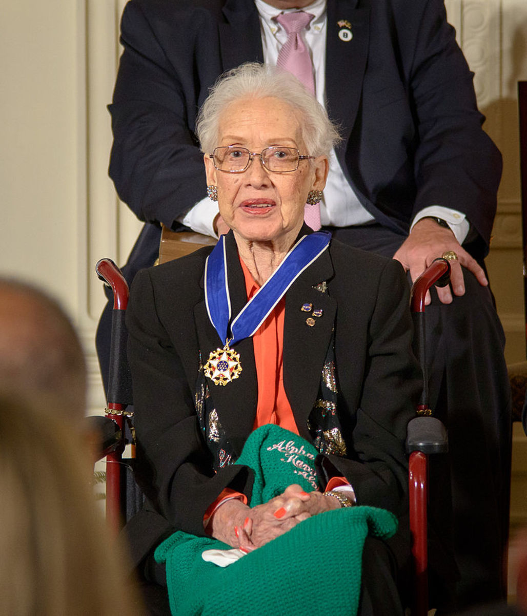 Katherine Johnson receiving the Presidential Medal of Freedom in 2015.