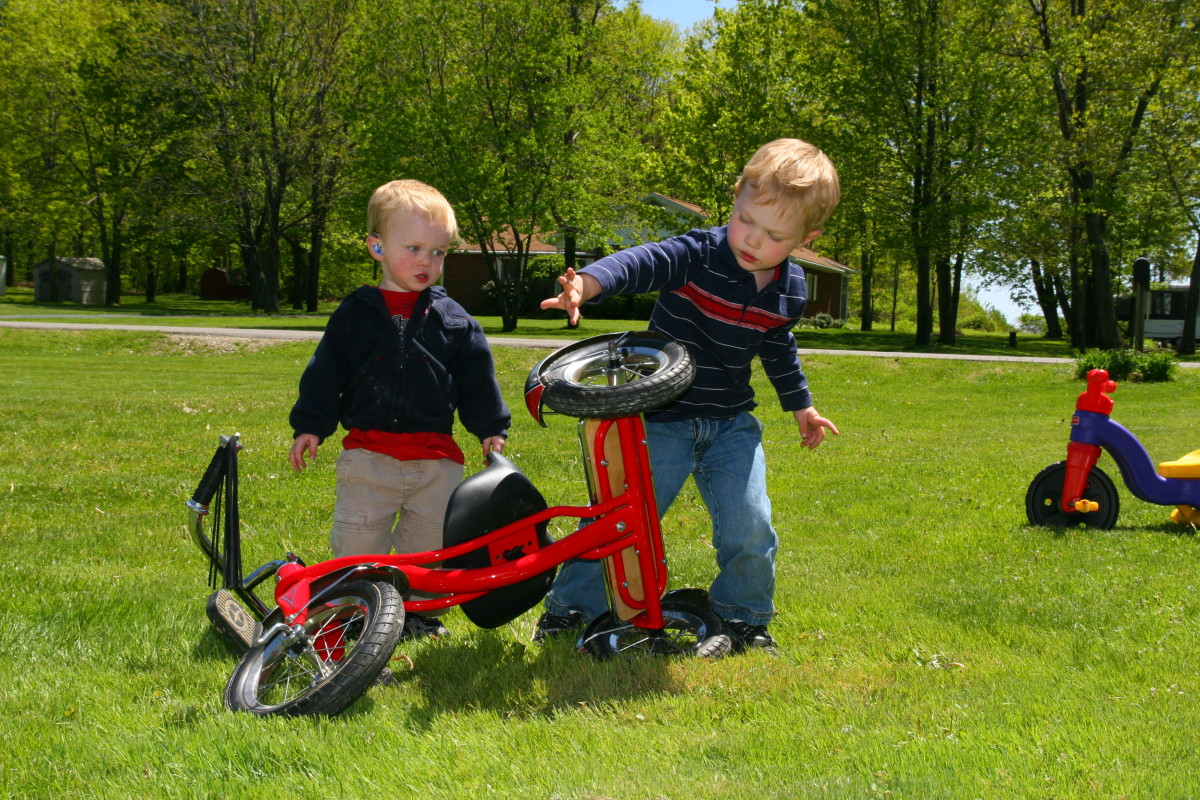 "Use toy tools to ""fix"" a bike. This activity is extremely fun for preschoolers and will generate a lot of language!"
