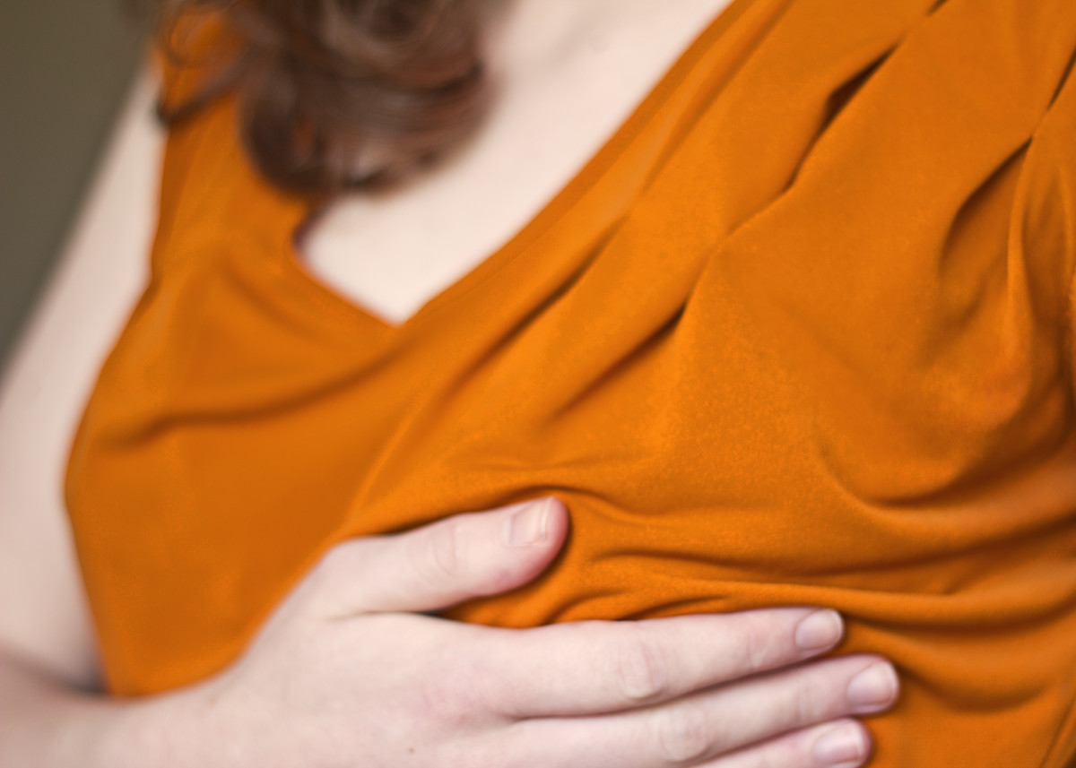 You might think you're experiencing ordinary PMS symptoms if your breasts are sore or swollen; however, it's also a relatively common early pregnancy symptom.