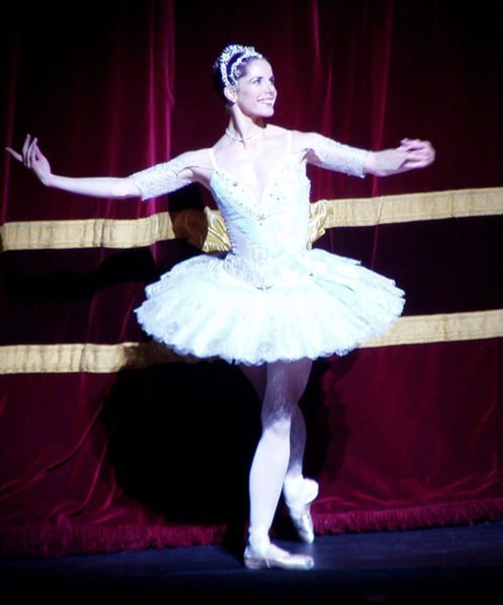Darcey Bussell taking a curtain call.