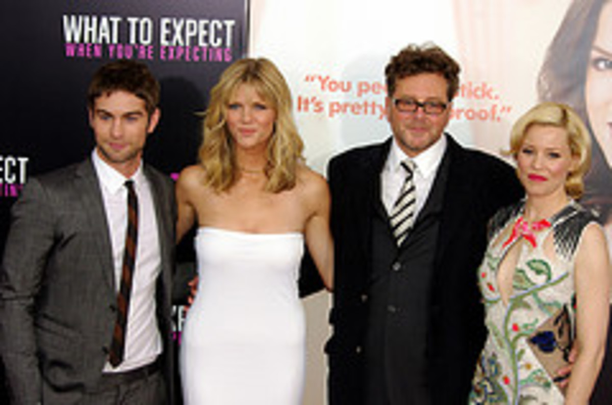 Chace Crawford, Brooklyn Decker, director Kirk Jones and Elizabeth Banks from What to Expect When You're Expecting, the movie.