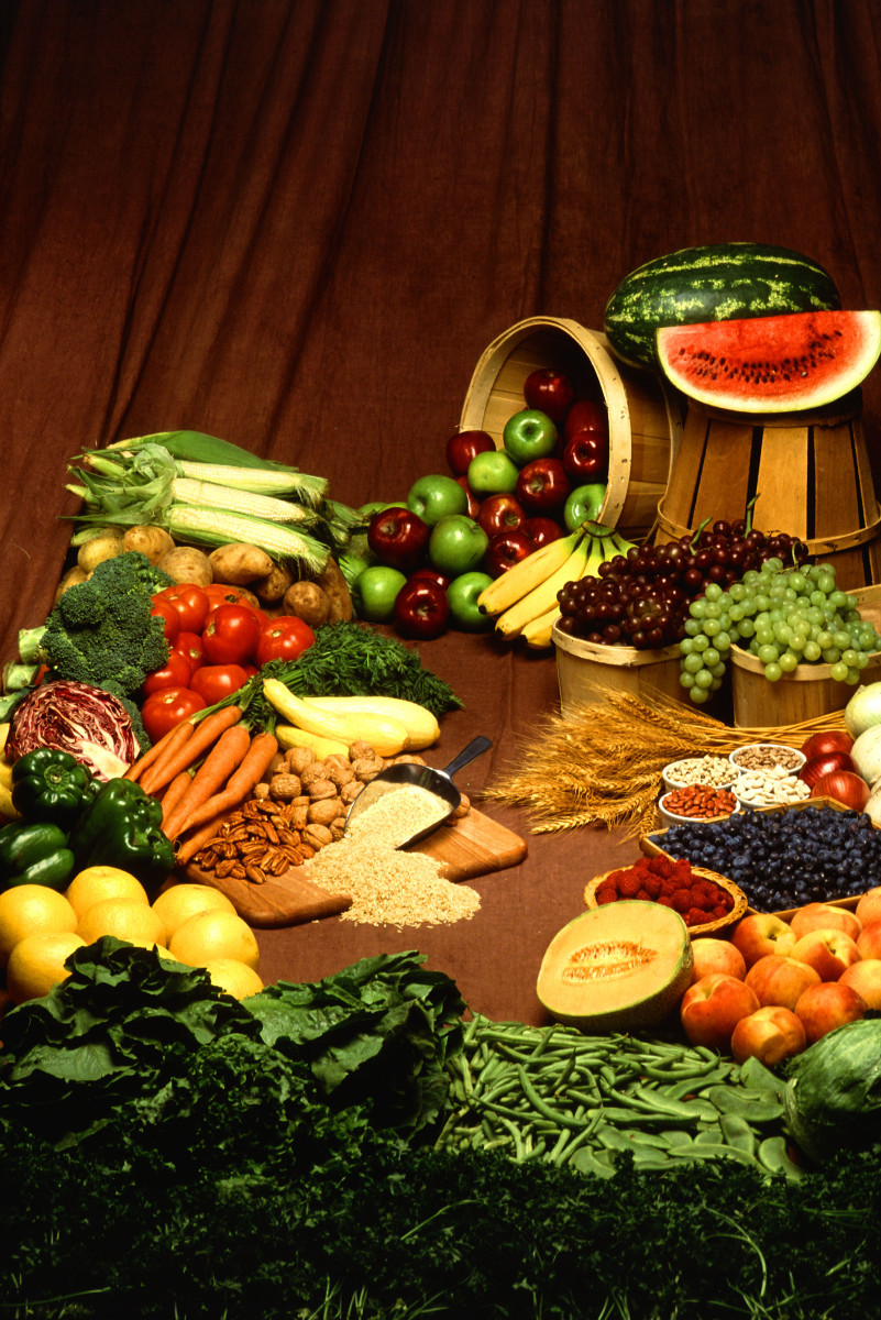 Eat plenty of protein and complex carbohydrates to maintain energy levels in early pregnancy.