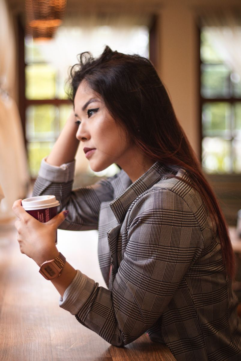 Feeling a little pukey after that first sip of coffee? It could be your first sign that you're pregnant.