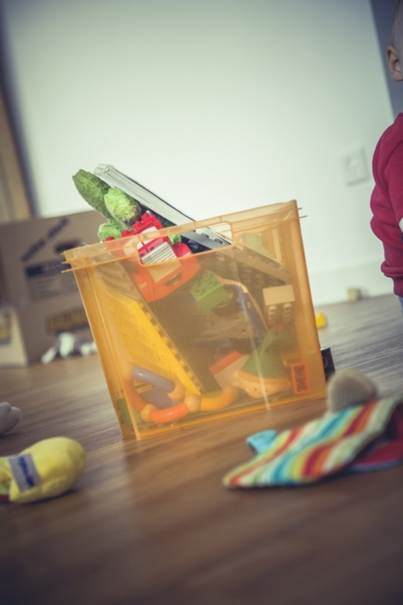 """Keep your home tidy and organized with a """"last chance basket"""""""