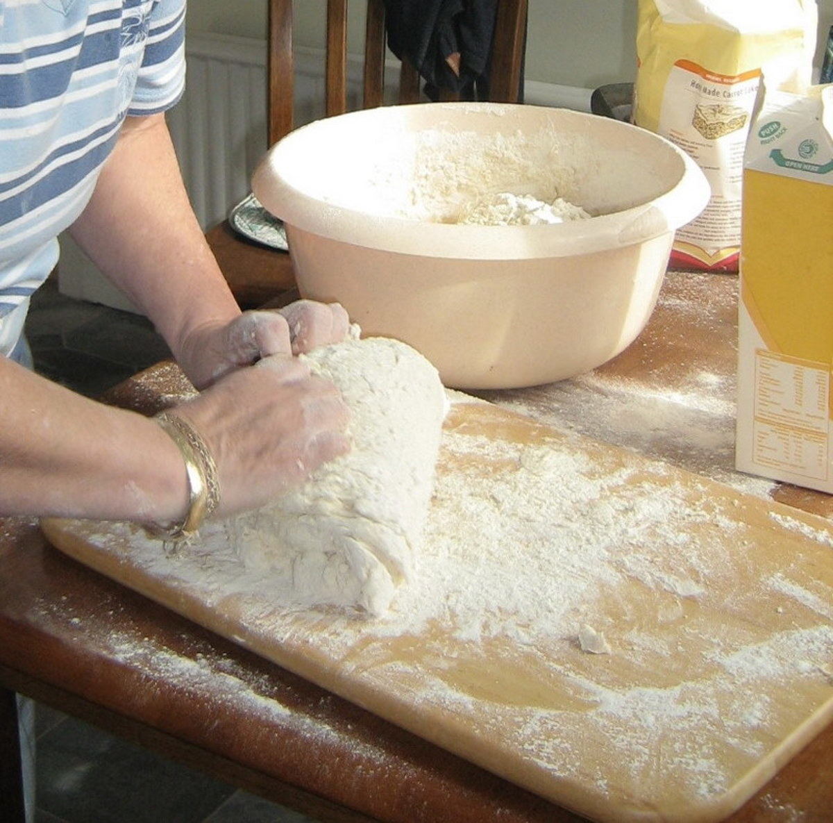Lightly knead the dough for about one minute.