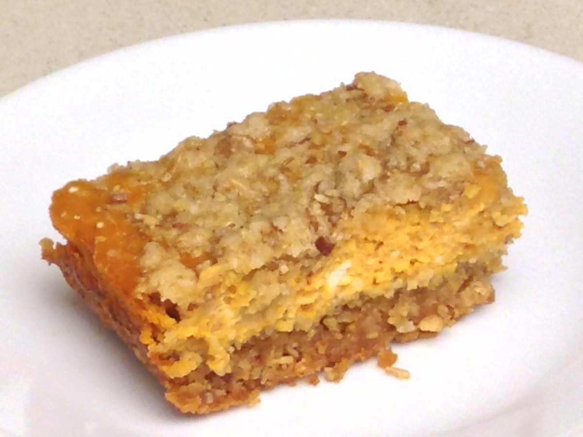 Pumpkin Pie Bar made with canned pumpkin pie puree and cream cheese.