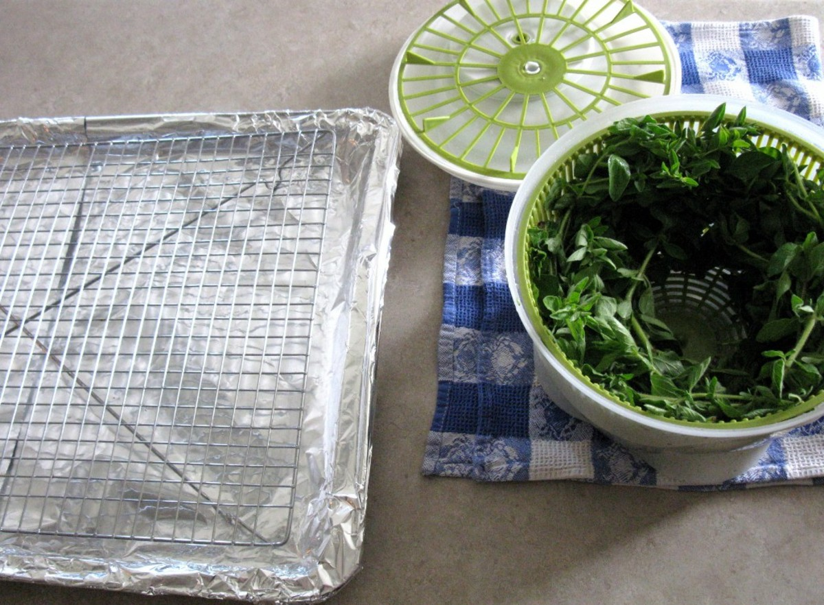 Tray with oregano spun dry