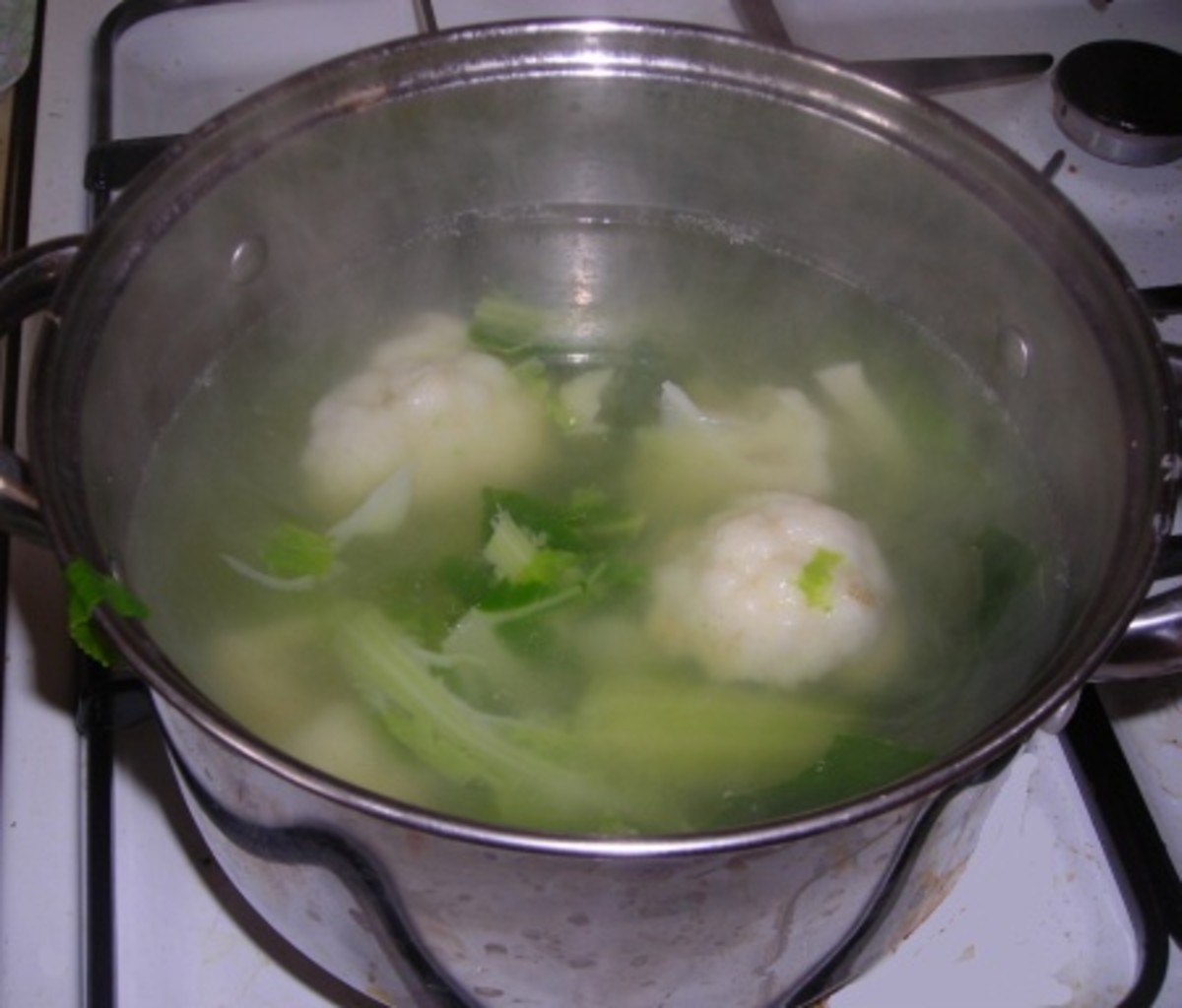 Cauliflower boiling in a saucepan